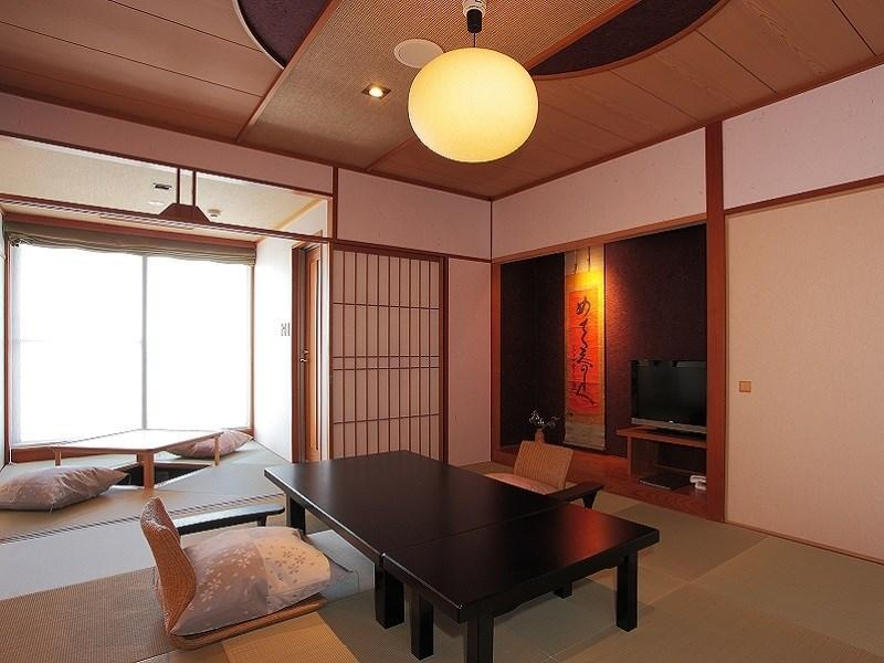 和室10畳【禁煙】【露天風呂付客室】(びわ湖側) (Japanese-style Room with Open-air Bath (Lake Biwa Side))