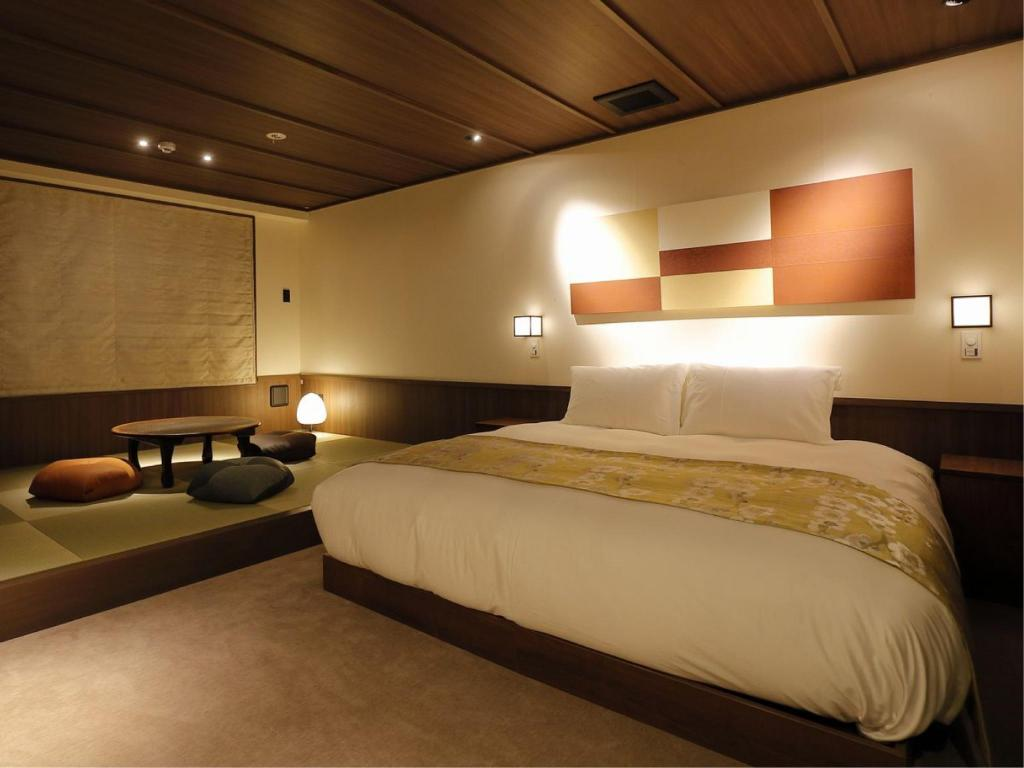 Premium Japanese/Western-style Double Room - Guestroom The Junei Hotel Kyoto Imperial Palace West