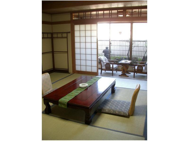 Japanese-style Room (Tachibanakan Wing)