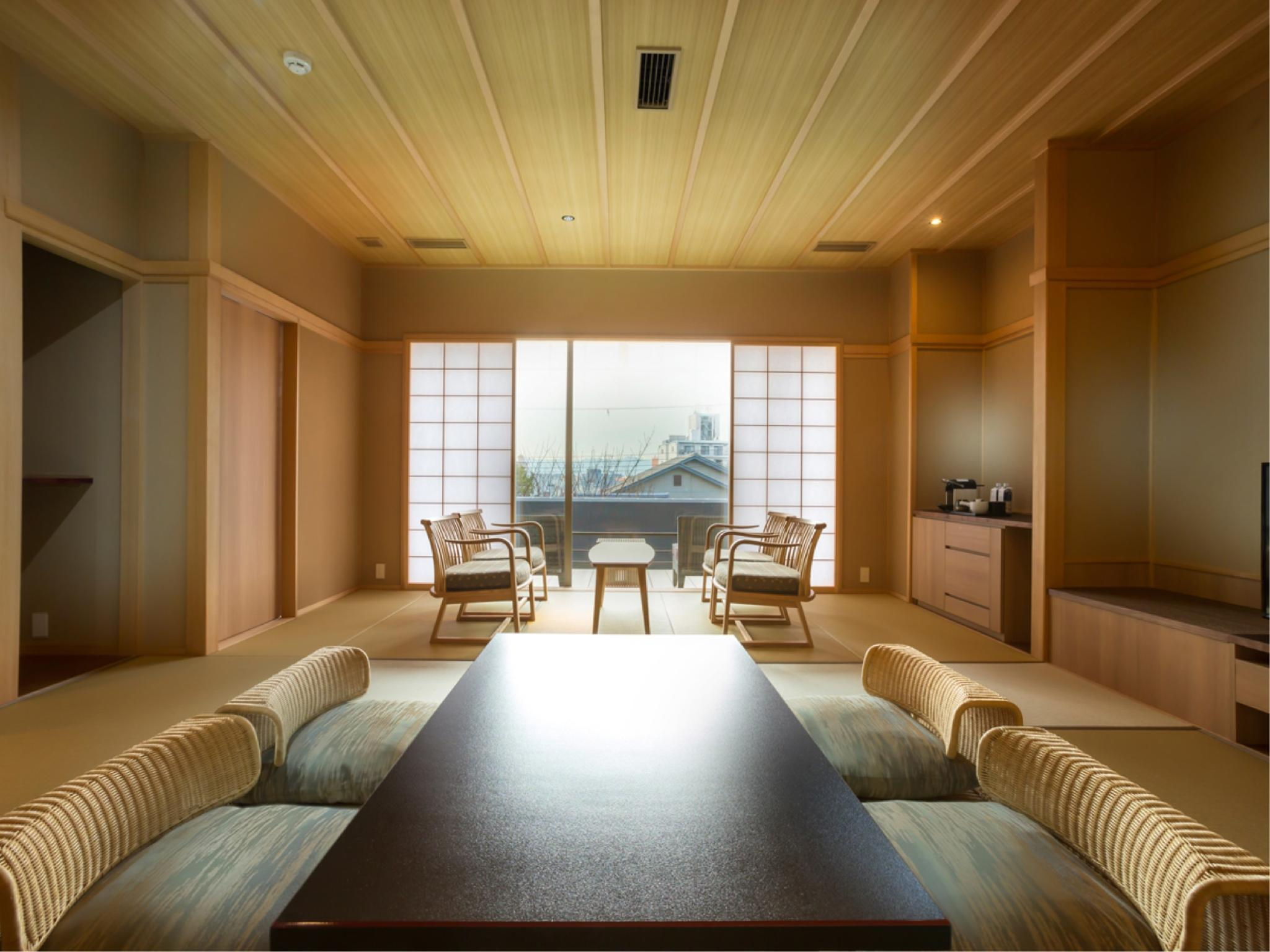 다다미 객실(테라스) (64sqm Japanese Style Room with Terrace)