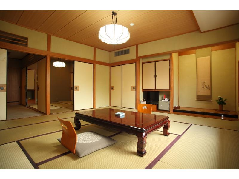 西館 和室 |12.5畳+次の間 (West Wing Japanese Style Room)