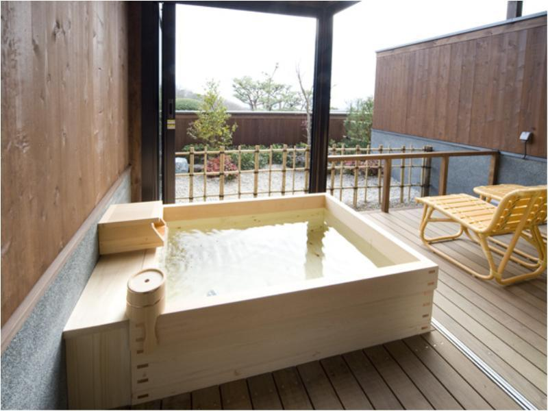和室露天風呂付 (Japanese-style Room with Open-air Bath  (Kaze-no-To Wing) (*Non-smoking from 2020/11/1))