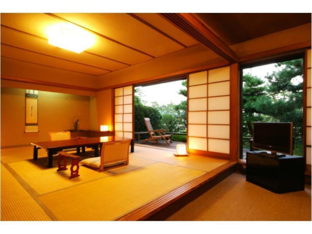 Japanese-style Room (Setsugekka no To Wing) - Guestroom