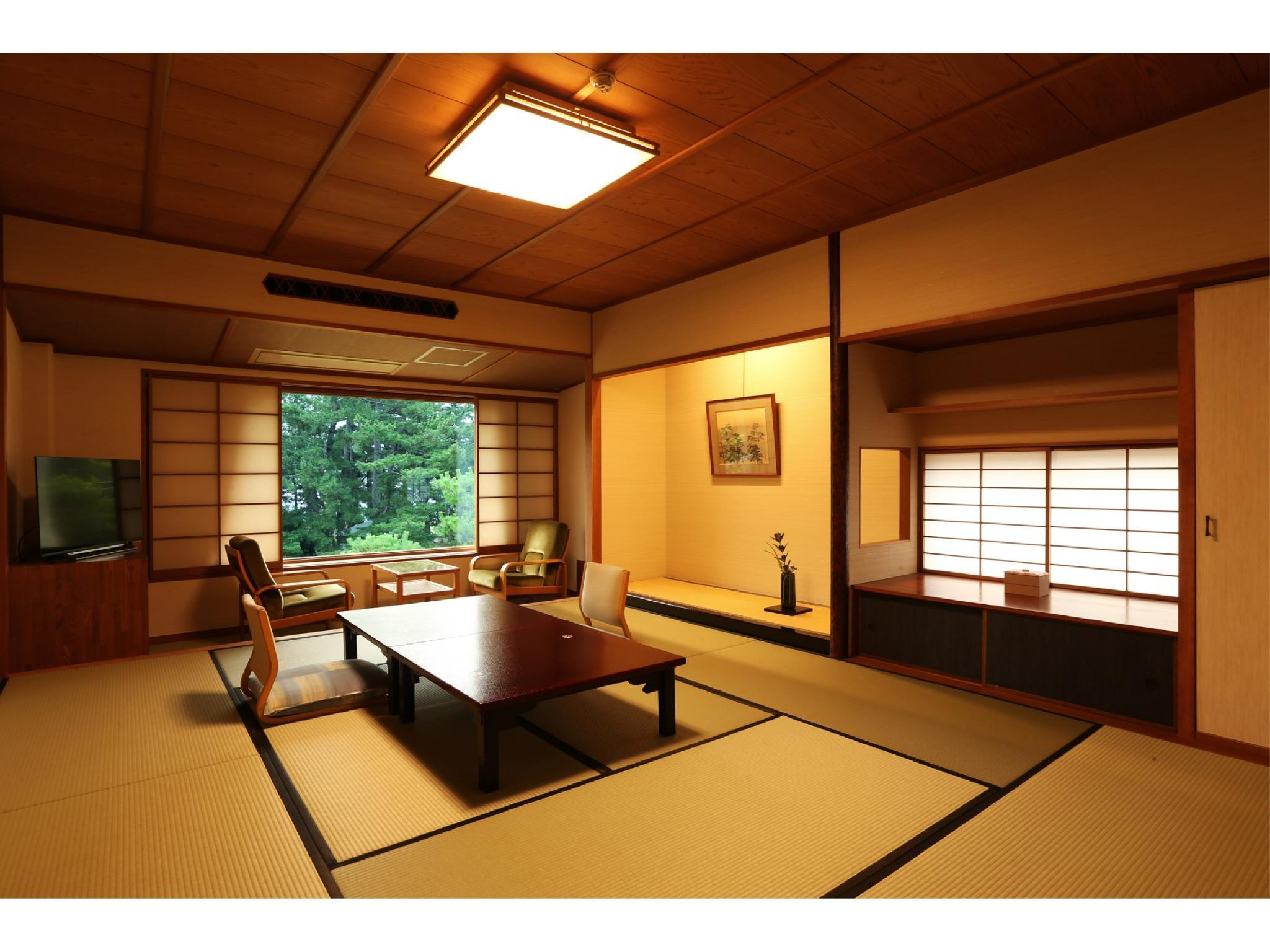 舞之棟 和式房 (Japanese-style Room (Mai-no-To Wing))