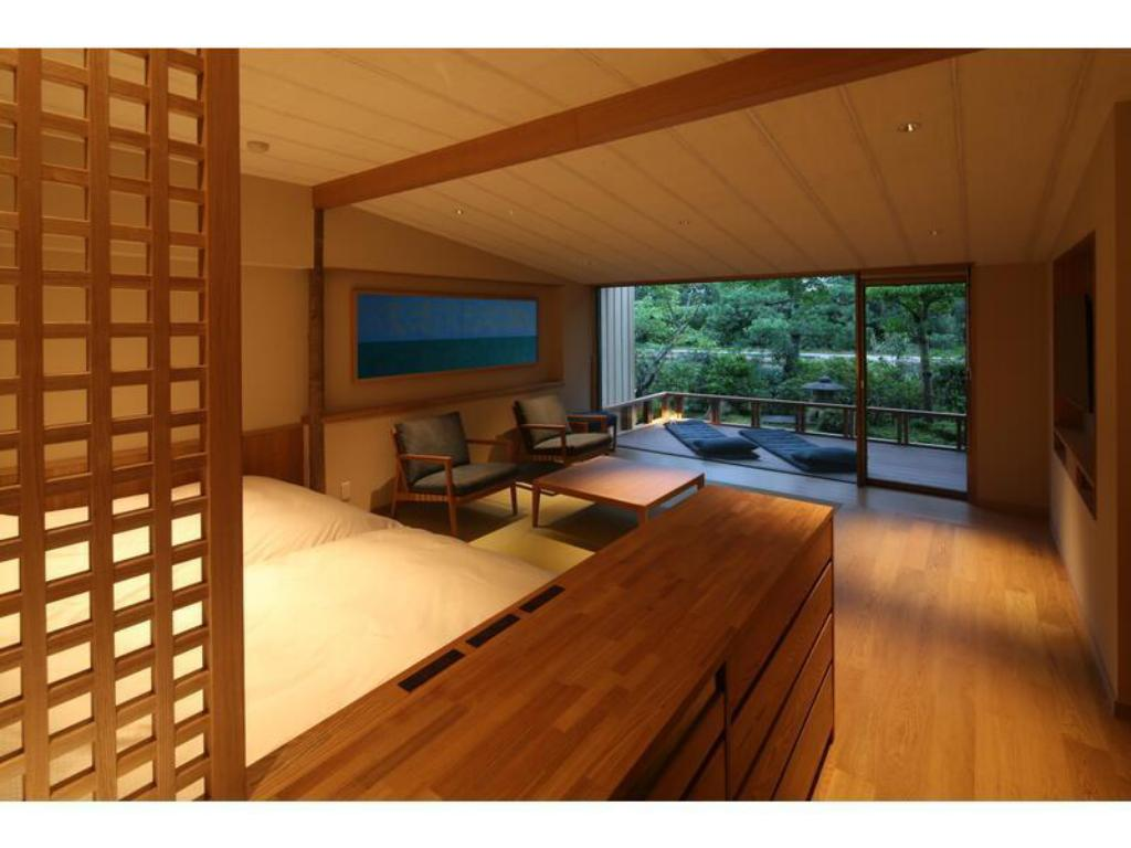 Japanese-style Room with Terrace (2 Japanese Beds, Mai no To Wing) - Guestroom