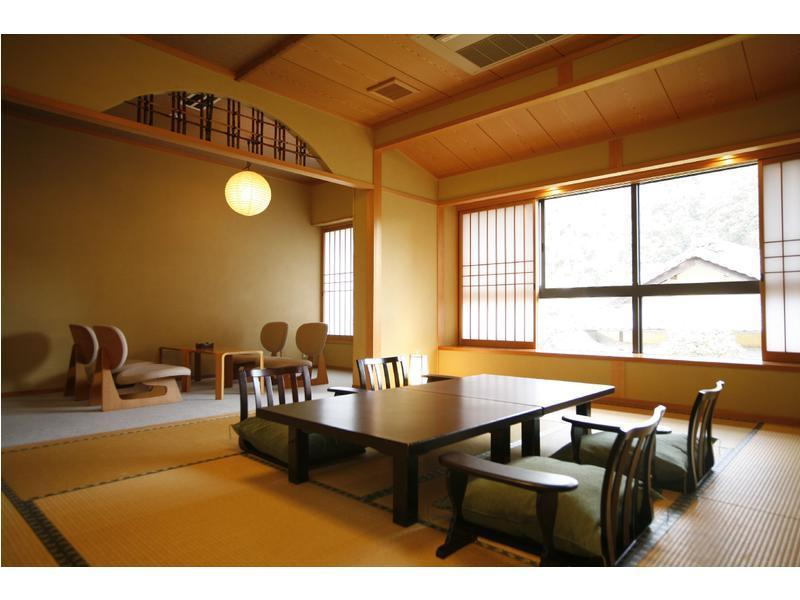 新館桂雲館 和式房 (Japanese-style Room (New Building/Keiunkan Wing) *No children)