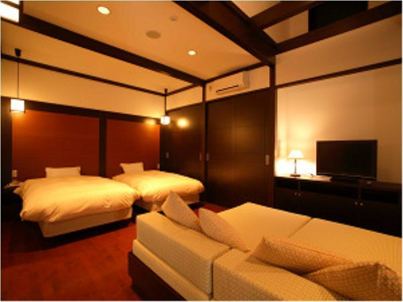 Twin Room with Hot Spring Bath (Utatane Type)