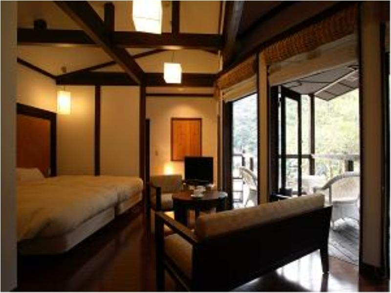 Japanese/Western-style Room with Private Bath (Crystal Type)
