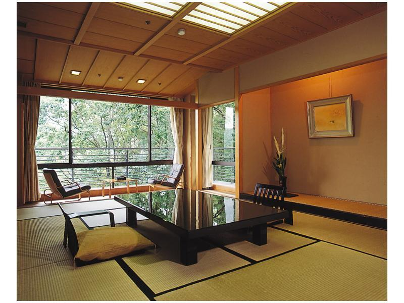 Upgraded Japanese-style Room (West Wing)