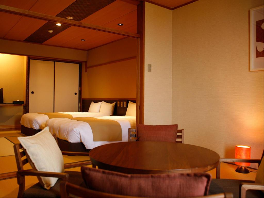 Japanese/Western-style Room (2 Beds, Type D, Nagomi Floor, Main Building) - Guestroom