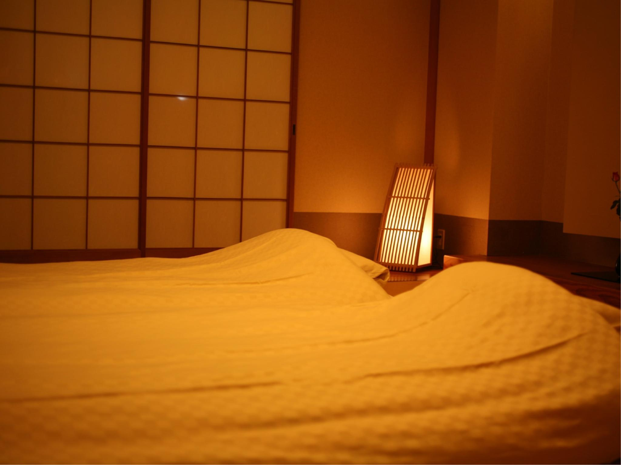 琉球畳和室 (Japanese-style Room with Okinawan Tatami (Main Building))