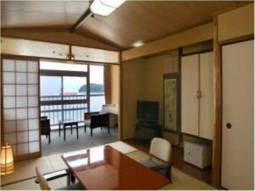 Wide Japanese-style Room - Guestroom Wasyuzan Shimoden Hotel
