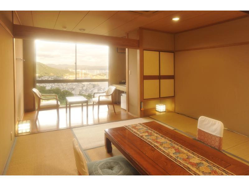 Japanese-style Room(10 tatami/East Side)*No bath in room
