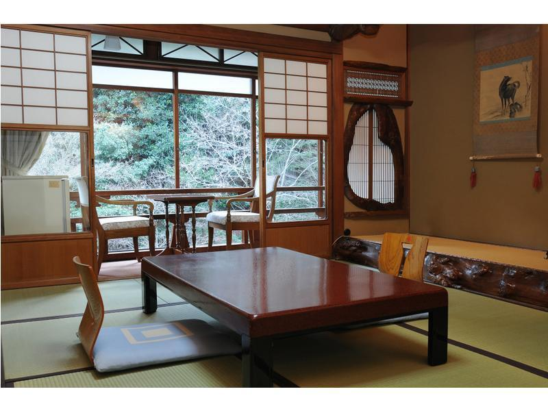 本館 和室 禁煙 |10畳+踏込 (Japanese Style Room Main Building)
