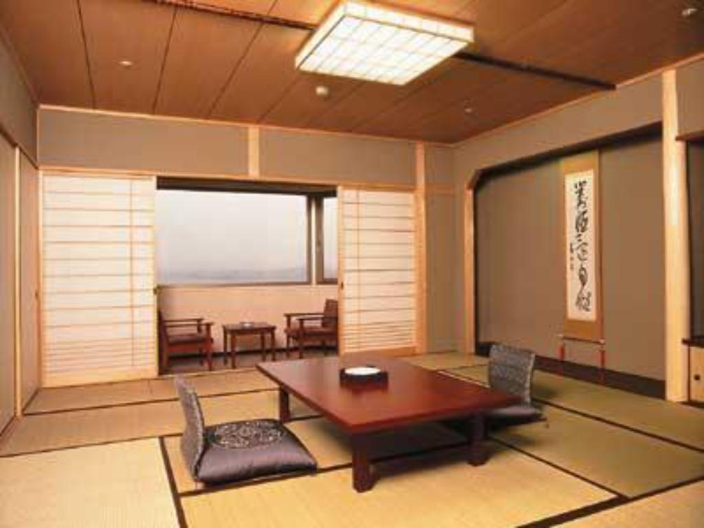 Japanese-style Room (Sansui Wing) - Guestroom