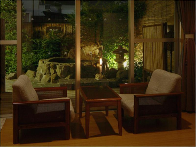 和室露付禁煙 (Japanese Style Room with Open-Air Bath)