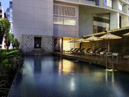 Swimming pool [outdoor] Pullman Bangkok Grande Sukhumvit