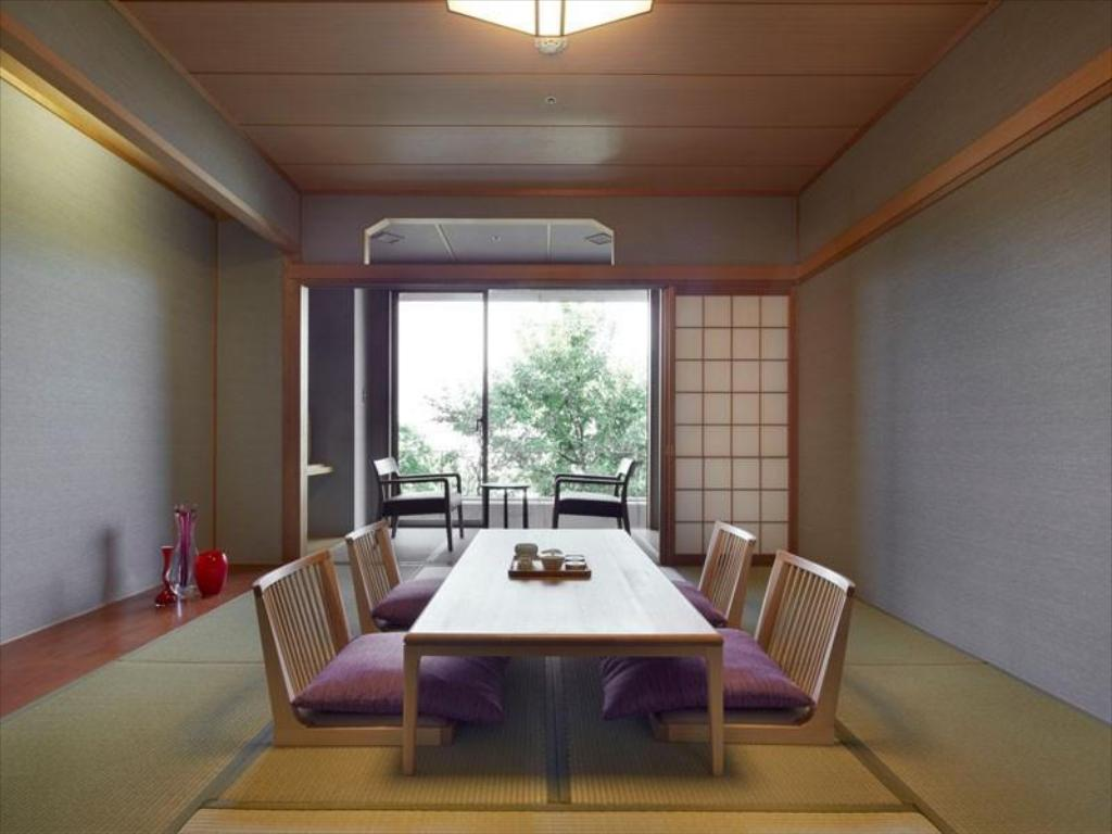Japanese Modernism Japanese-style Room - Guestroom Agora Fukuoka Hilltop Hotel & Spa