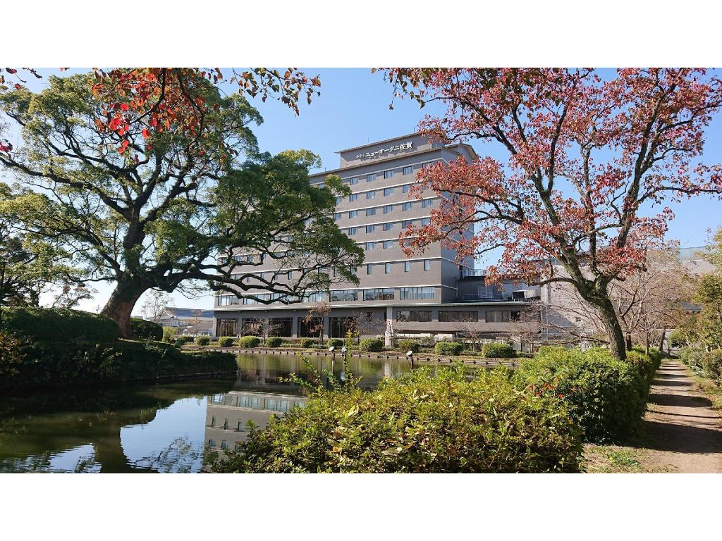More about Hotel New Otani Saga