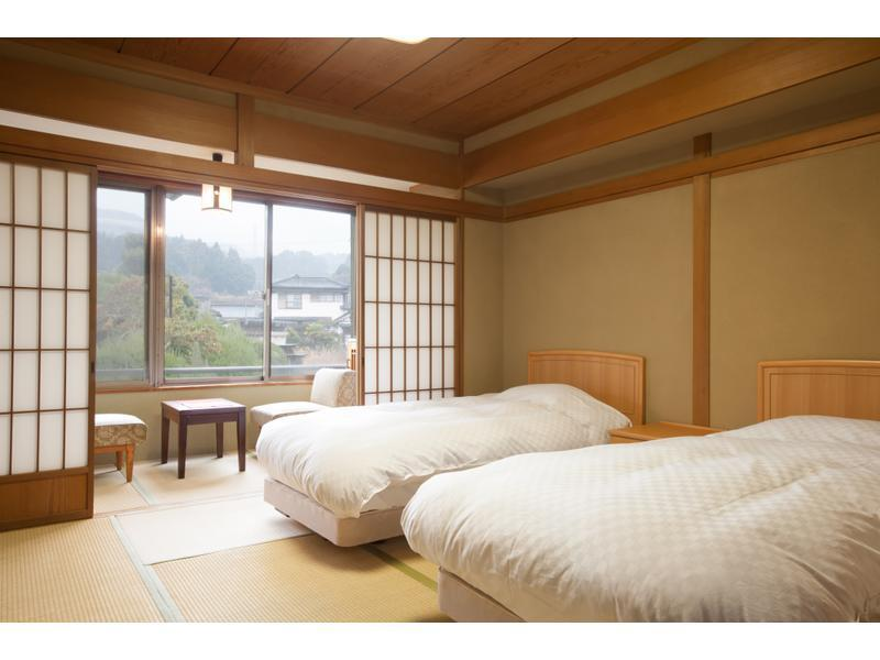 Modern Japanese-style Twin Room (2 Beds, Main Building)