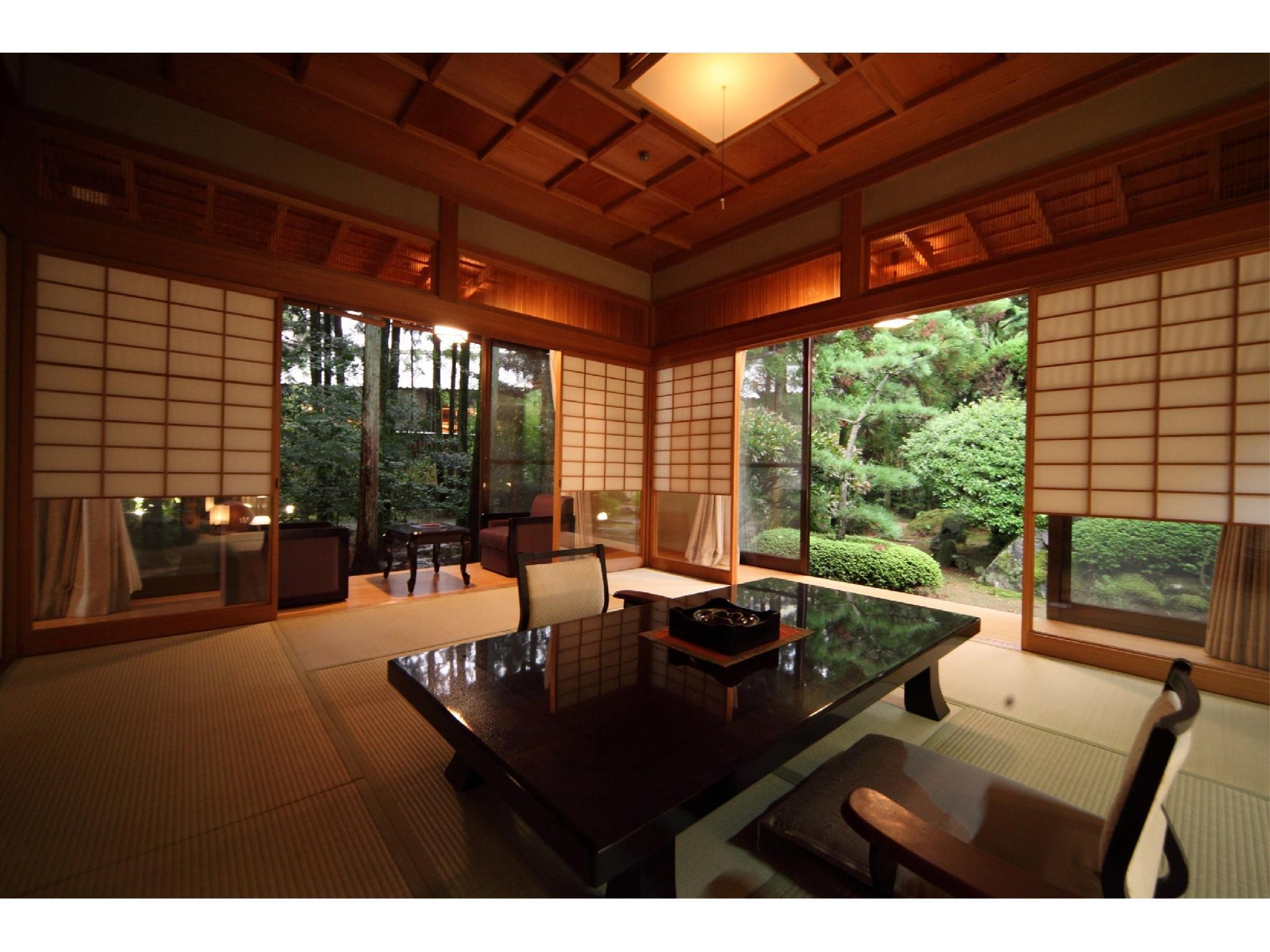 Japanese-style Room with Semi Open-air Bath (Sazanka/Kikyou Type, Suigetsu Wing)