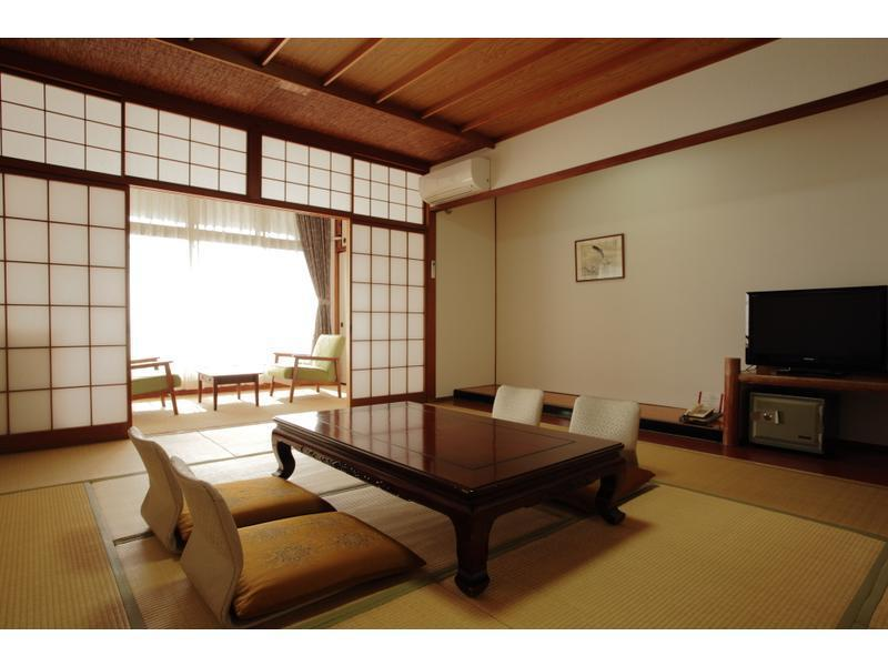 和式房+溫泉風呂 (Japanese-style Room with Hot Spring Bath)