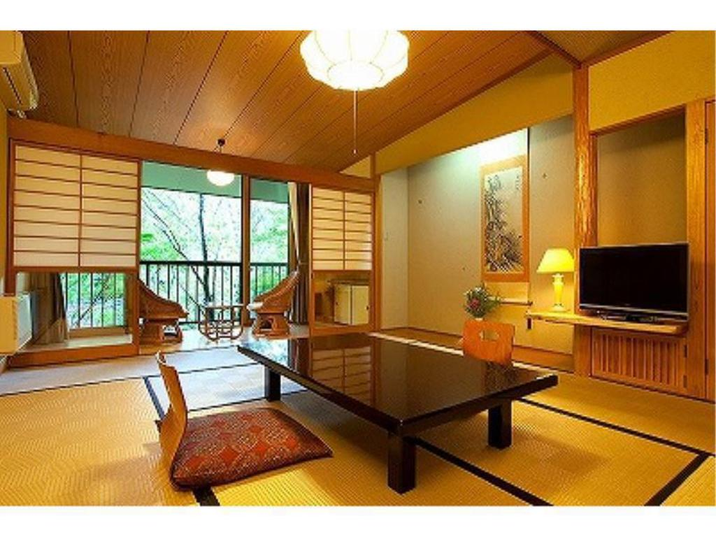 Japanese/Western-style Room*No bath in room (Main Building) - Guestroom