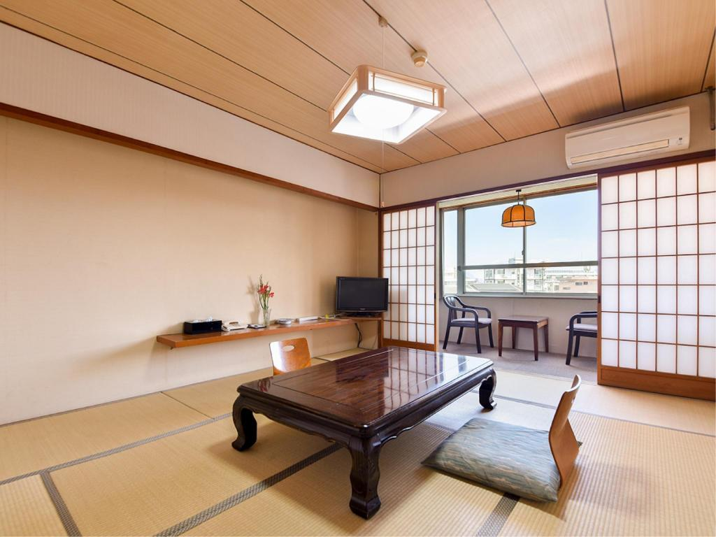Japanese-style Room *No bath in room - Guestroom