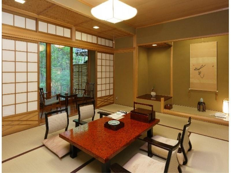 Japanese-style Room with Indoor Bath