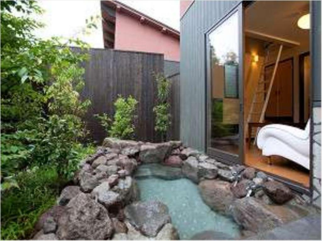 Detached Maisonette with Open-air Bath - Guestroom