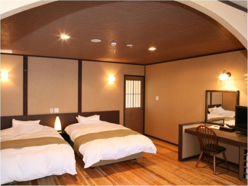 Detached Japanese/Western-style Room with Open-air Bath + Indoor Bath + Wood Deck