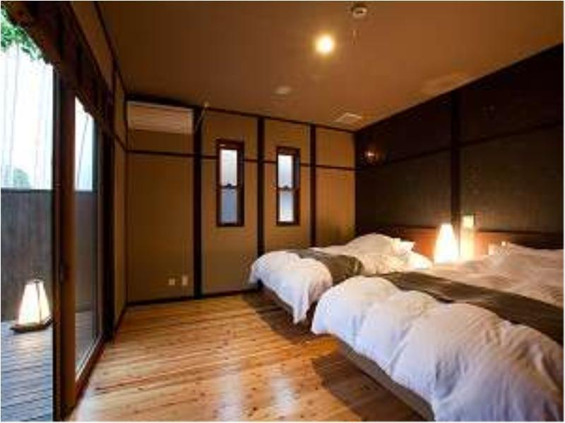 Detached Japanese/Western-style Room with Open-air Bath + Indoor Bath