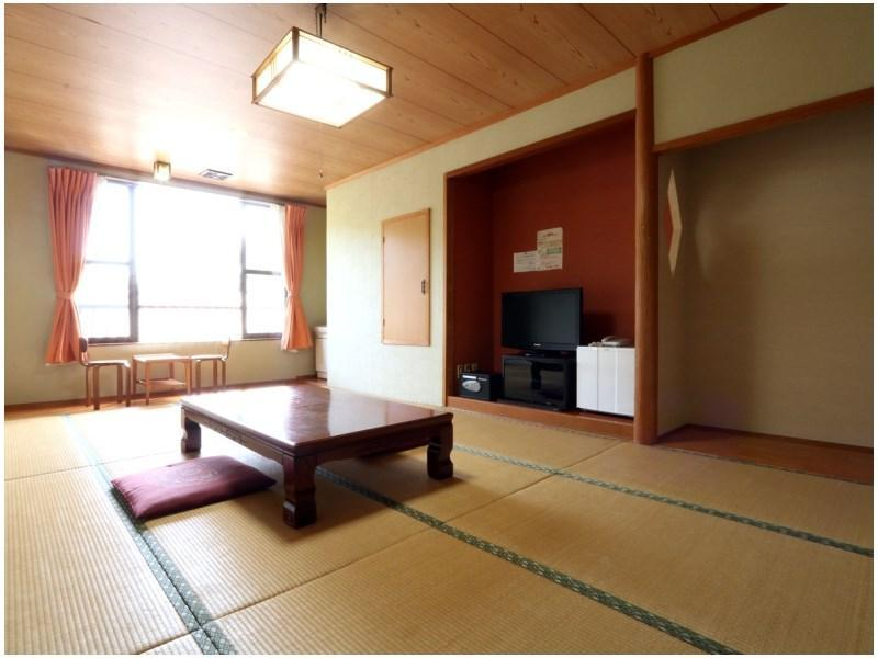 Japanese-style Room (East Wing) *Allocated on arrival