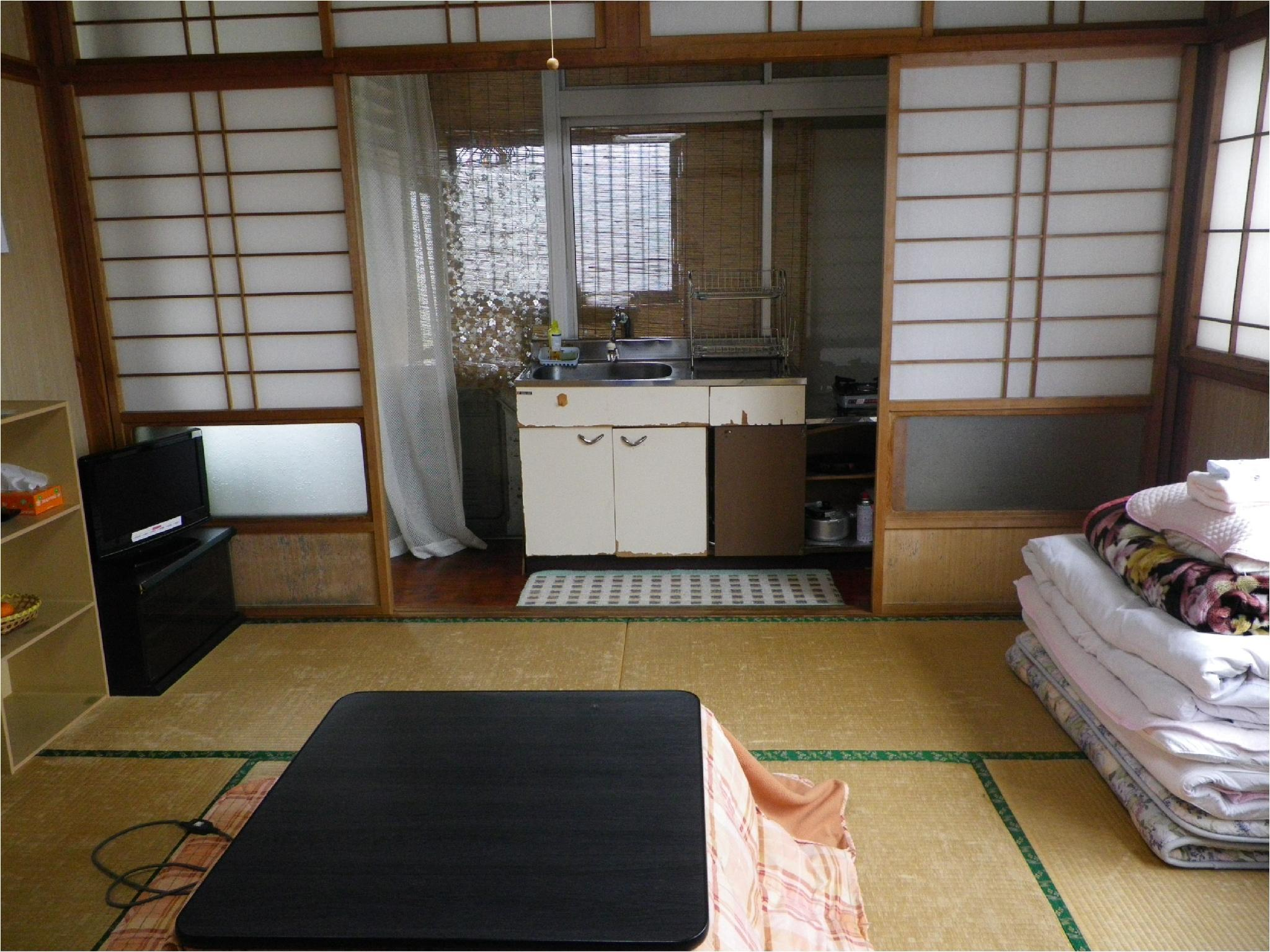 Japanese-style Room with Simple Kitchen (Main Building)