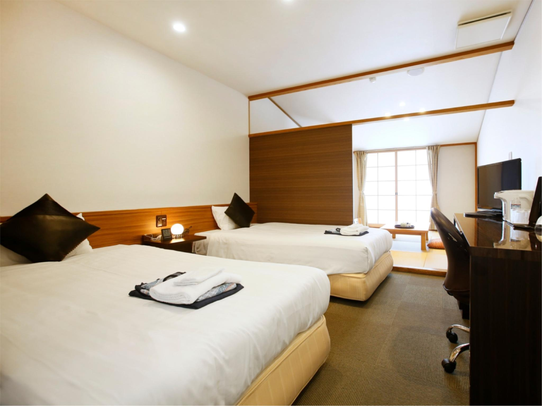 潮館 和洋式房(2張床) (Japanese/Western-style Room (2 Beds, Ushio-kan Wing) *Has shower, no bath in room)