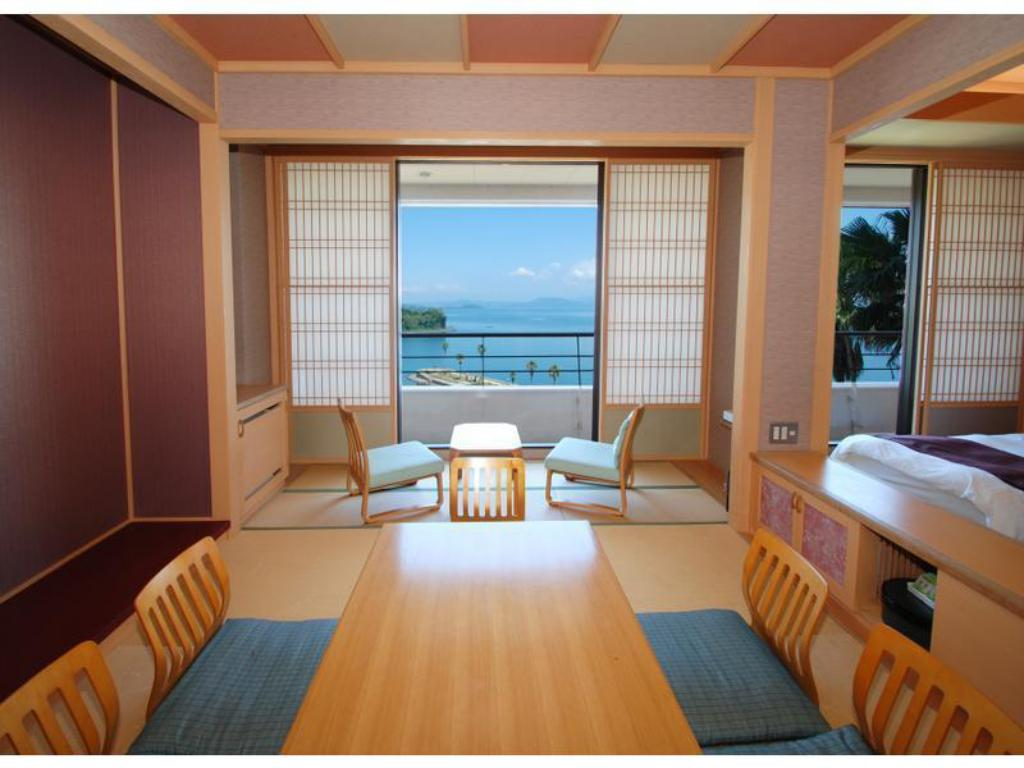 Japanese Western Style Room - Guestroom Hotel Alegria Gardens Amakusa