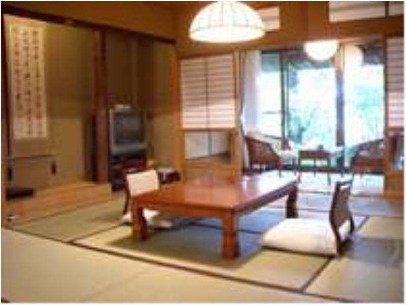 Japanese-style Room (Annex Yuyamatei)