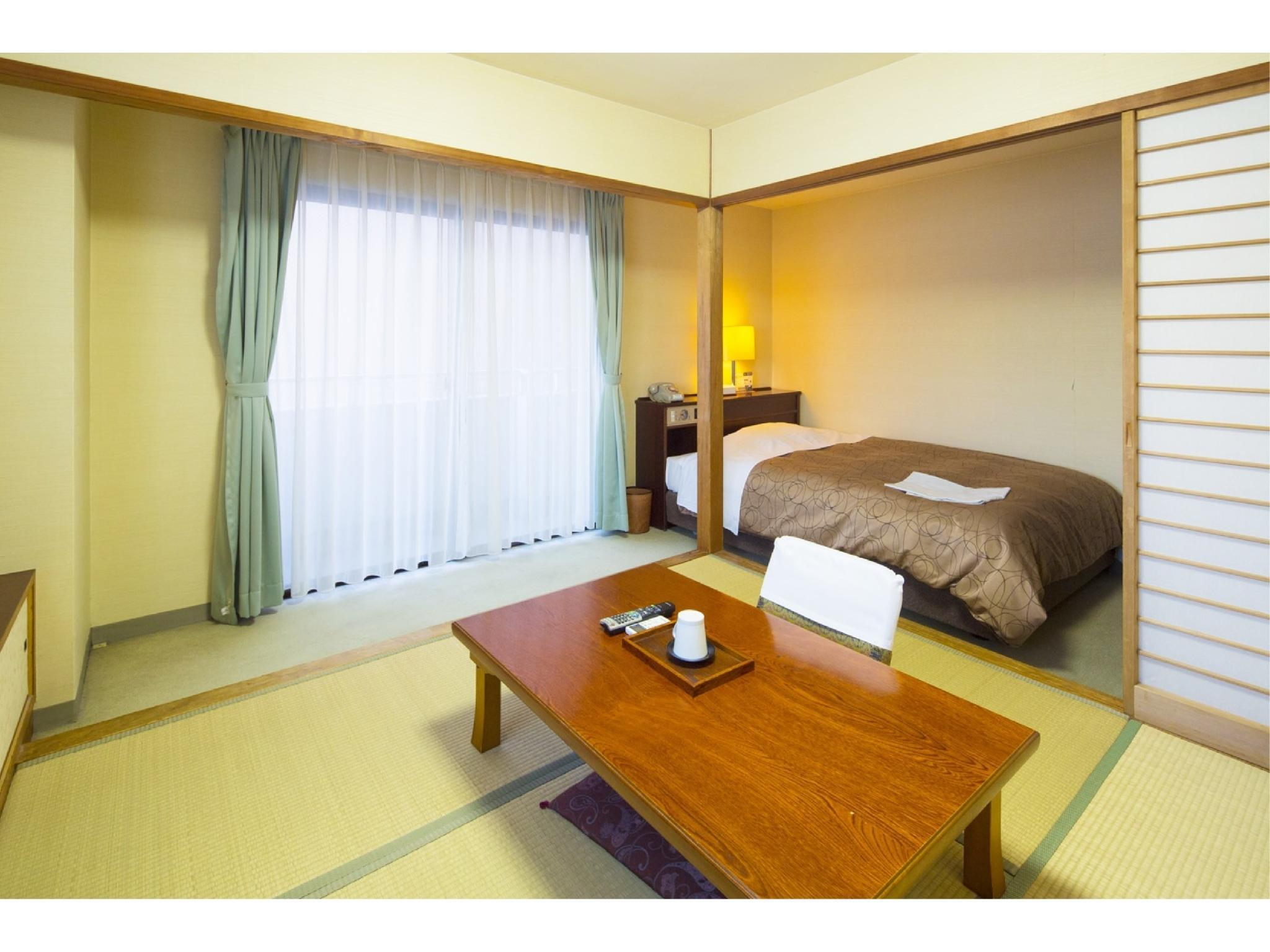 和洋式房(和式房+1張雙人中床+洗衣機) (Japanese/Western-style Room with Washing Machine (1 Semi-double Bed + Japanese-style Room))