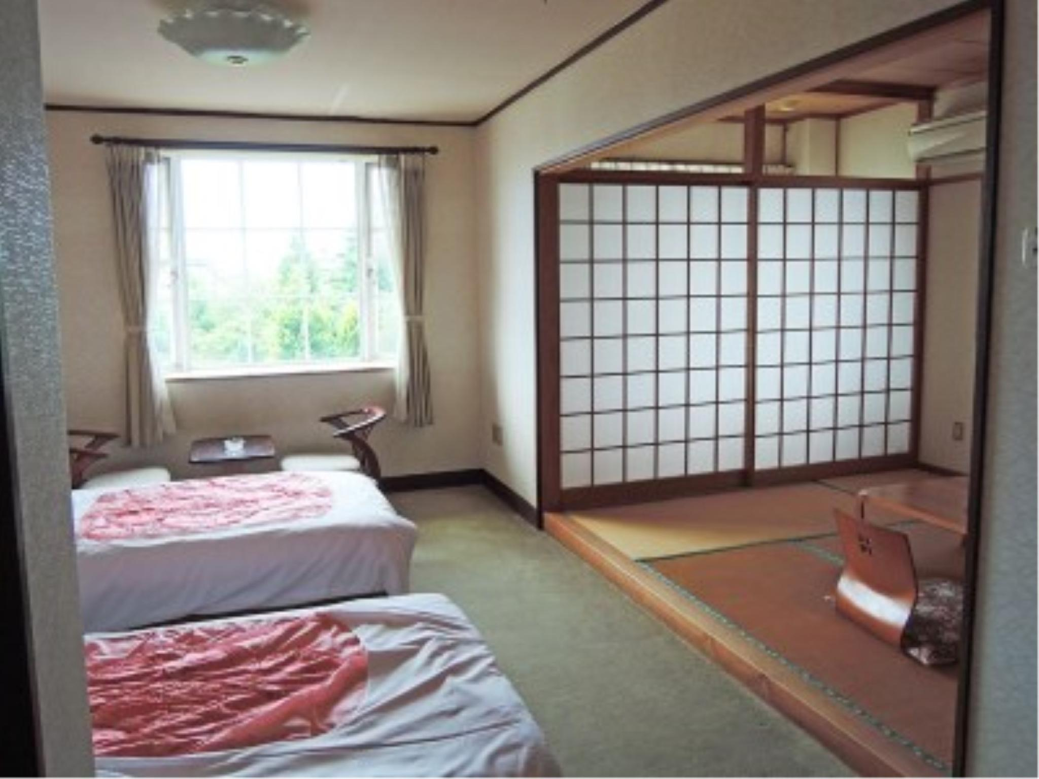 和洋室(ユニットバス付) (Japanese/Western-style Room *Has Modular Bath)