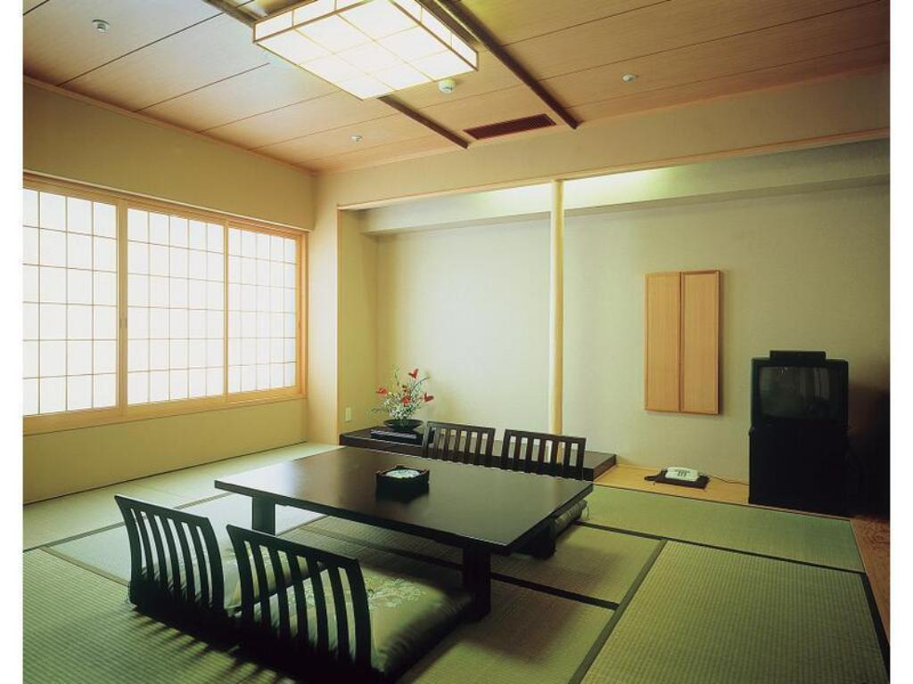 Japanese-style Room (New Building) - Guestroom