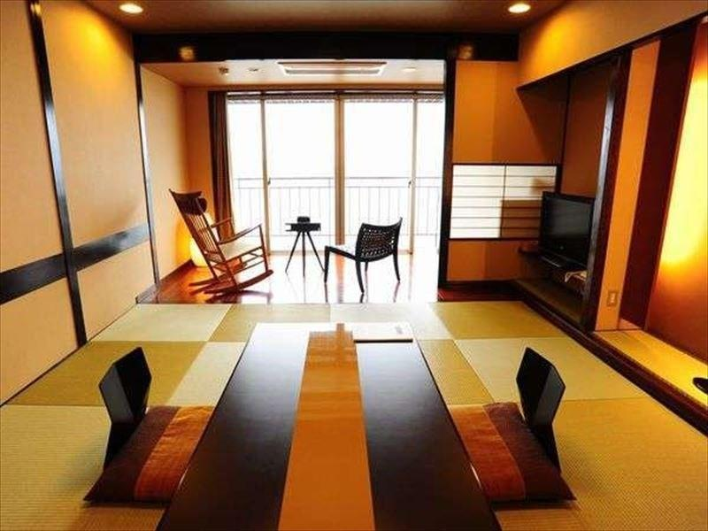 Modern Japanese-style Room (Type B, Club Floor)