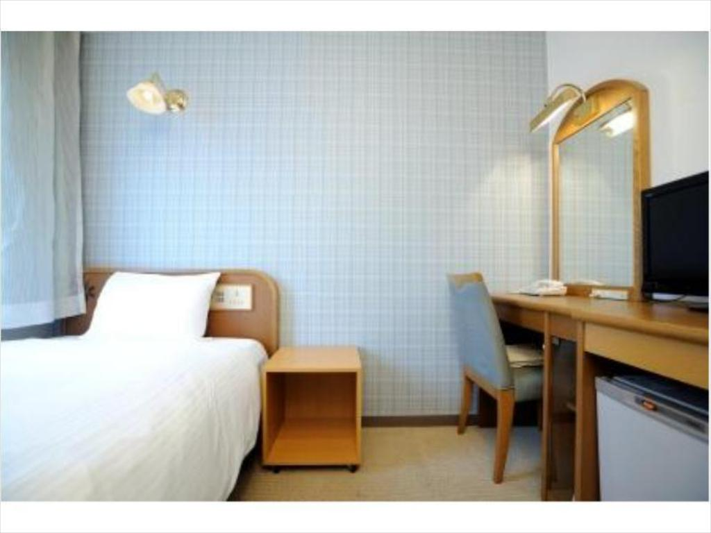 Single Room - Guestroom Hotel Eclair Hakata