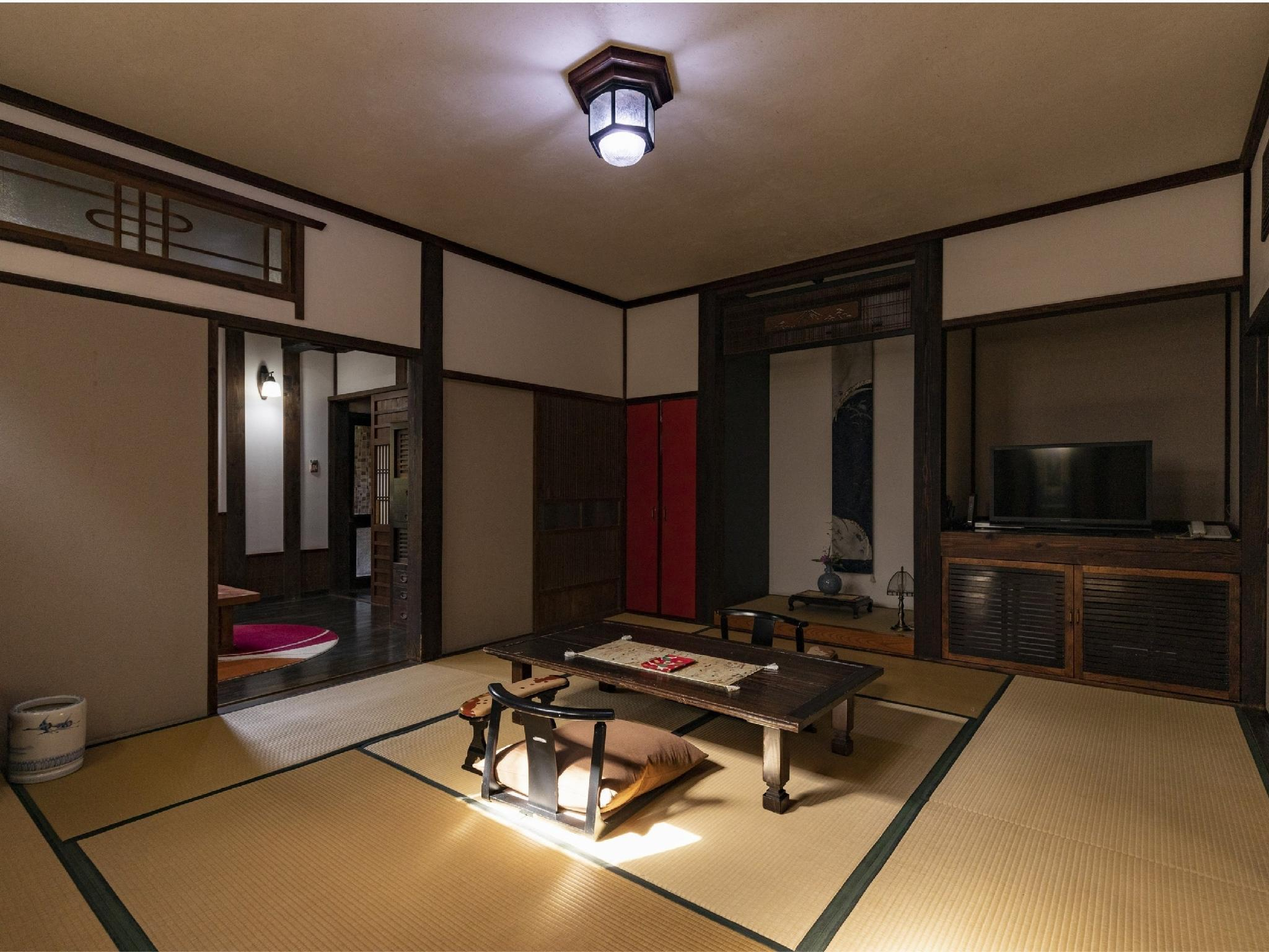 Detached Japanese-style Room with Indoor Hot Spring Bath + Open-air Bath (Type B)