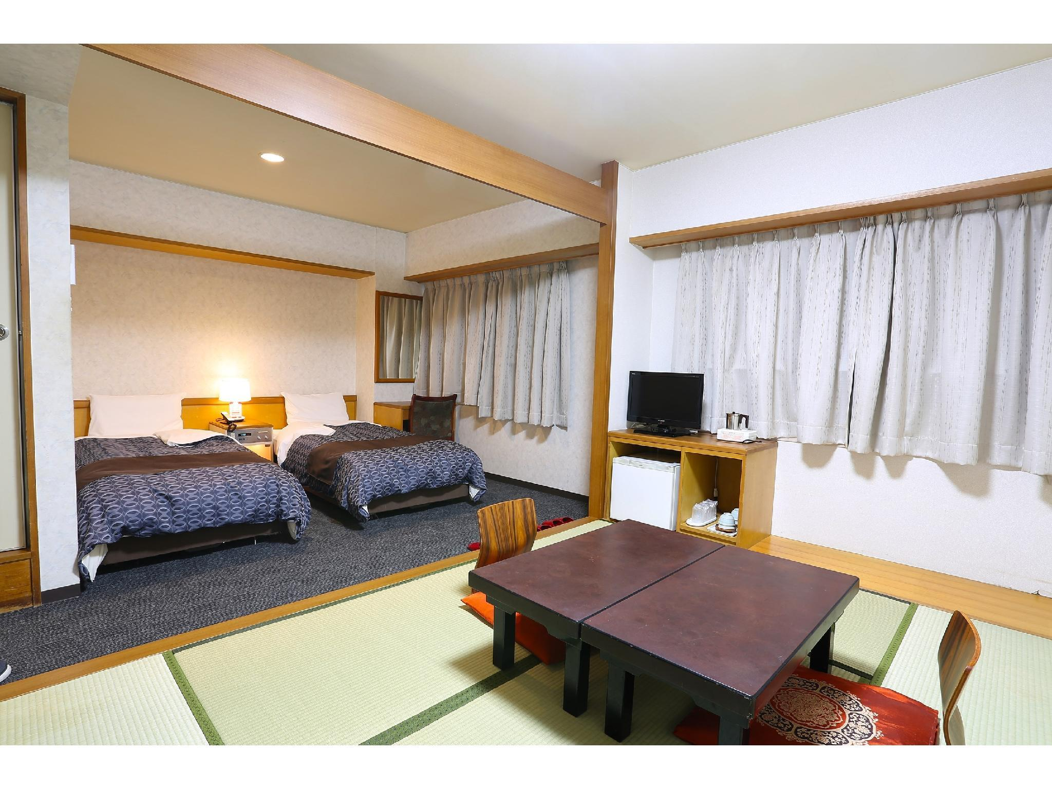 Japanese/Western-style Twin Room (Japanese Western Style Room with Twin Bed)