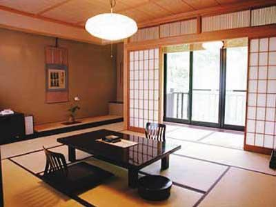 Cタイプ(和室) 半露天風呂付|10畳 (Japanese-style Room with Semi Open-air Bath (Type C))
