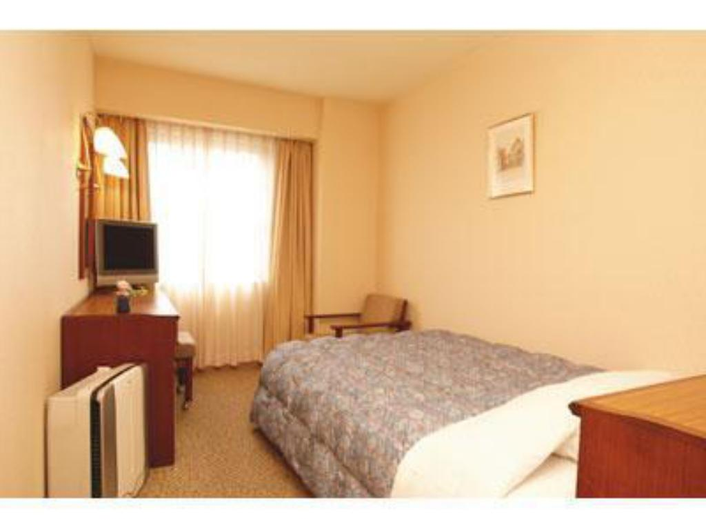 Single Room - Guestroom Grand Plaza Nakatsu Hotel