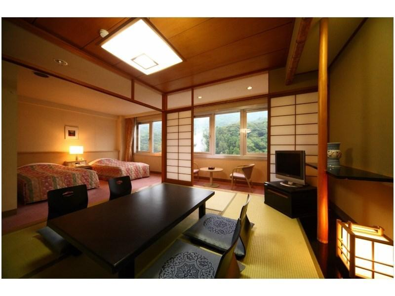 Japanese/Western-style Room (Hana Wing)