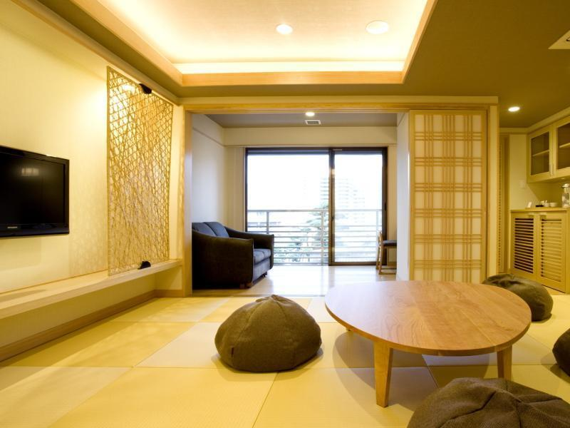 琉球畳のモダン和室【千鳥】|34.7平米 (Modern Japanese-style Room with Okinawan Tatami (Chidori Type))