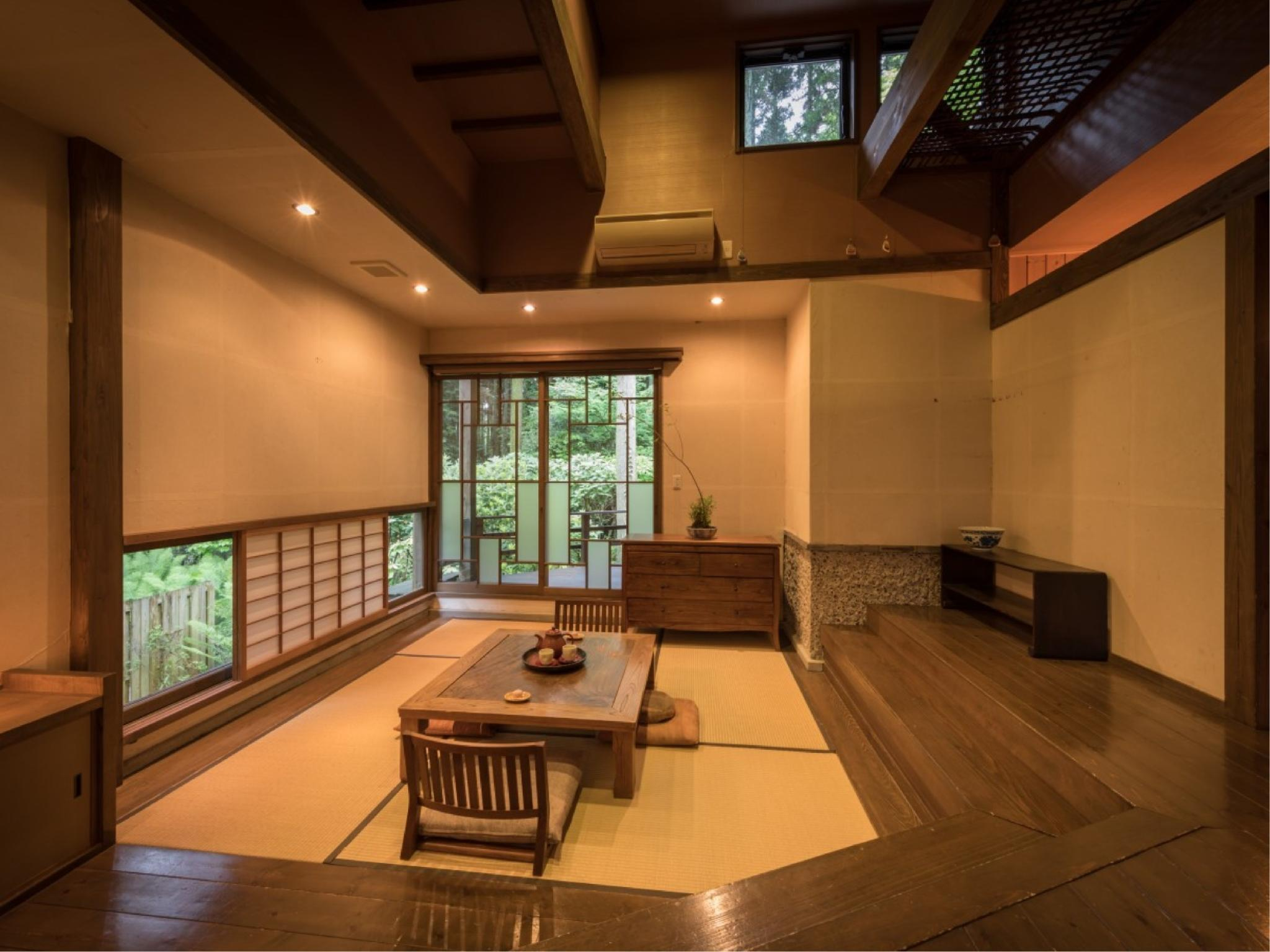 Japanese/Korean-style Room with Open-air Bath (Ruri Type)