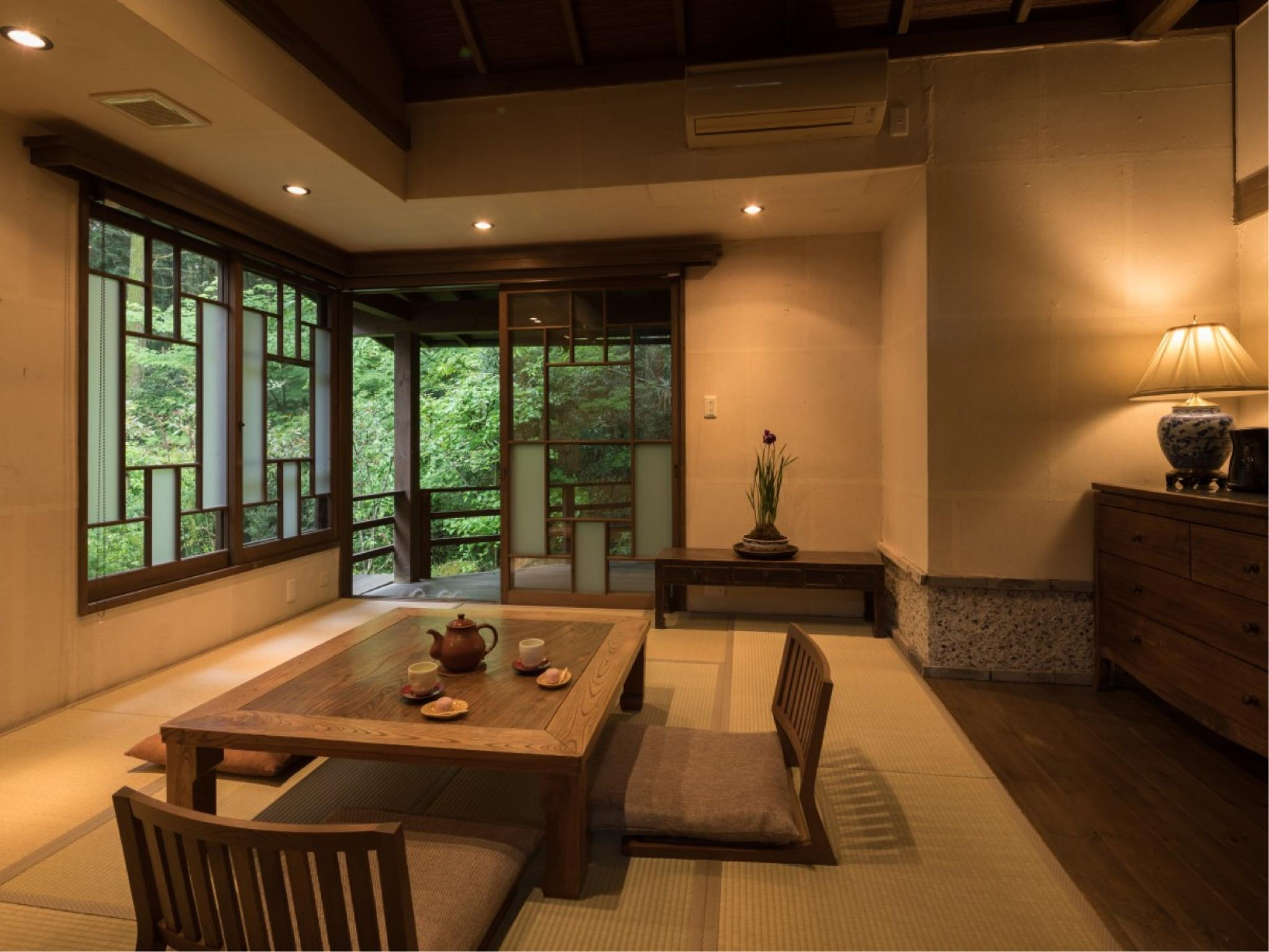 Japanese-style Room with Open-air Bath (Shinshu Type)